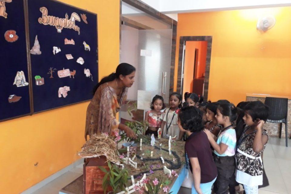 Aparnaa World School-SchoSys.com